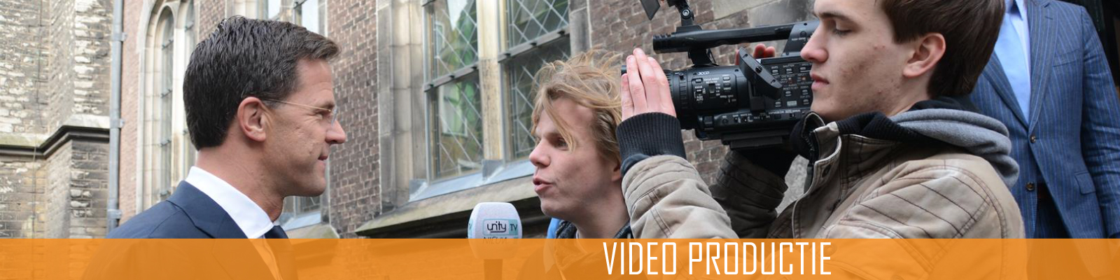 Premier Rutte bij het Unity TV Nieuws